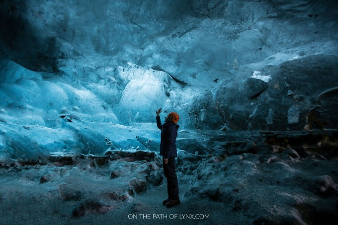 Iceland-Ice-Cave-Vatnajokull-on-the-path-of-lynx