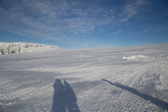 inside the glacier iceland snowmobiling onthepathoflynx langjokull glacier (44)